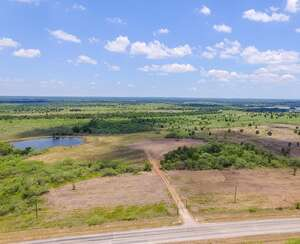 Real Estate for Sale, ListingId: 65288716, Waelder TX  78959